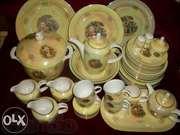 Фарфоровый чайно-столовый сервиз «Мадонна» на 12 персон