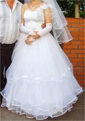 Продам красивое свадебное платье недорого