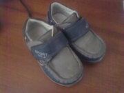 Продам туфельки на мальчика